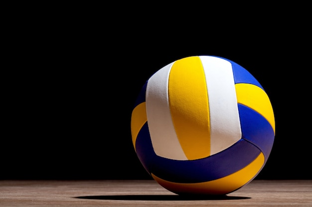 Volleybal object bal op donkere achtergrond