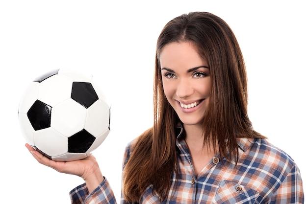 Volwassen vrouw met bal