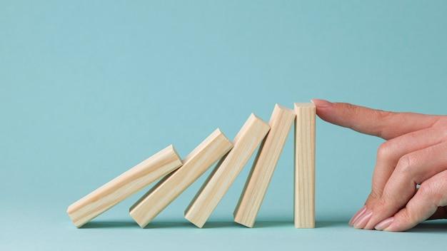 Vooraanzicht abstracte vertegenwoordiging van financiële crisis