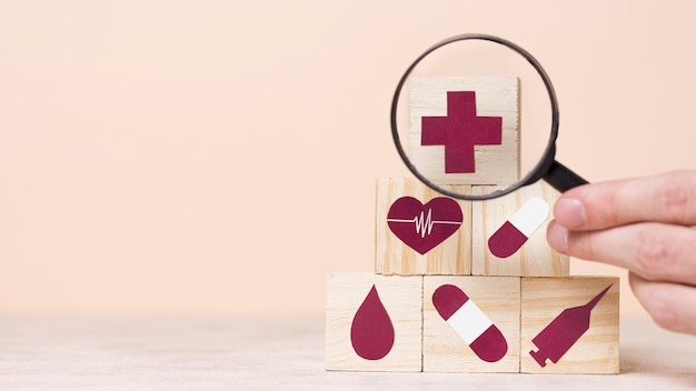 Vooraanzicht assortiment van medische stilleven elementen