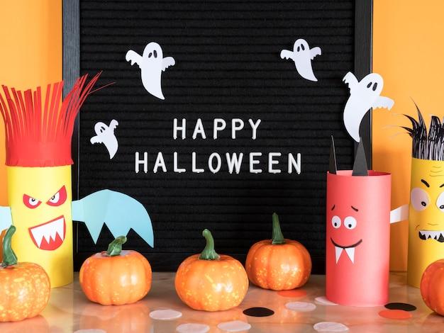 Vooraanzicht halloween concept met groet