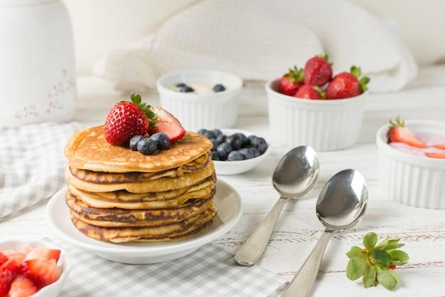 Vooraanzicht heerlijk ontbijt