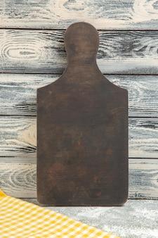 Vooraanzicht houten bureau op grijze achtergrond houten bureaukleur