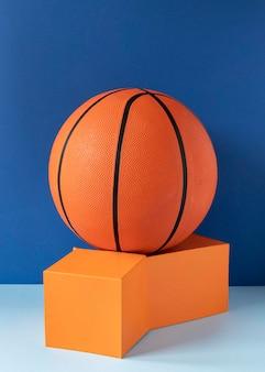 Vooraanzicht van basketbal op dozen