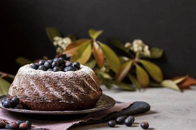 Vooraanzicht van chocoladetaartconcept