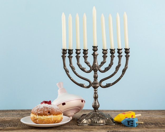 Vooraanzicht van hanukkah-concept met exemplaarruimte