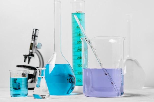 Vooraanzicht van het concept van de fleswetenschap