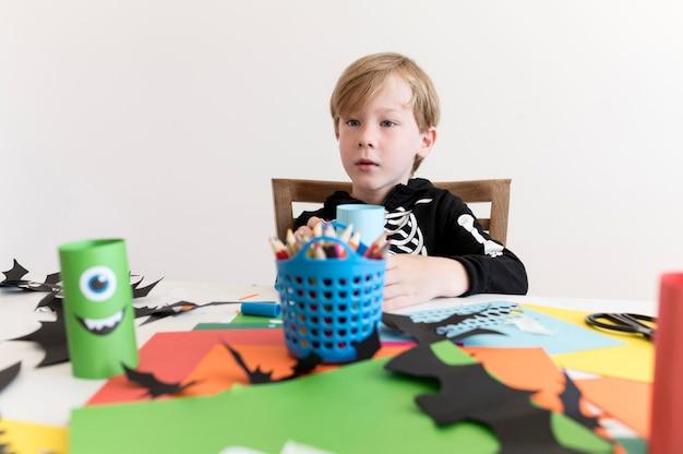 Vooraanzicht van kinderen met halloween-conceptt