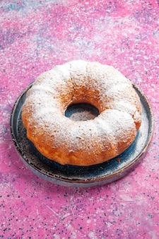 Vooraanzicht van suiker poedervormige ronde cake