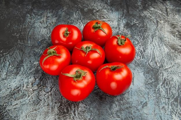 Vooraanzicht verse rode tomaten