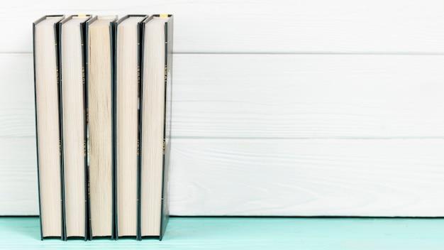 Vooraanzichtboeken met exemplaarruimte
