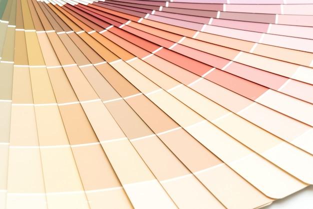 Voorbeeld kleuren catalogus pantone