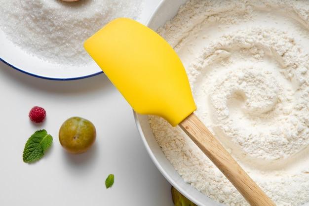 Voorbereiding bakken accessoires keuken samenstelling