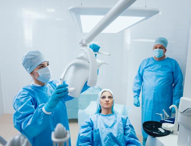 Voorbereiding voor kaakchirurgie. moderne tandtechnologieën