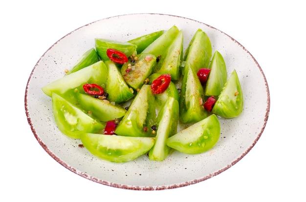 Voorgerecht van pittige ingemaakte groene tomaten.