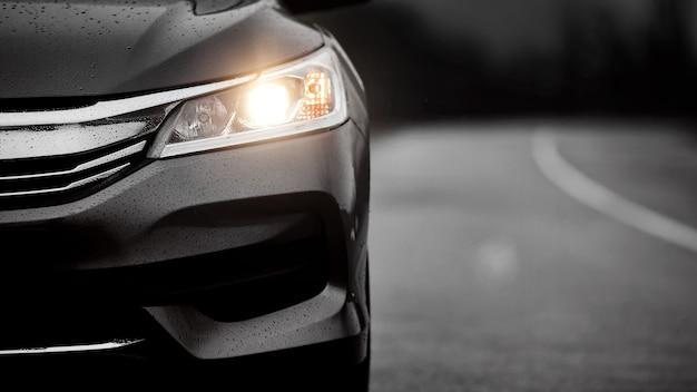 Voorgrill, koplampen. luxe stijlvolle sportwagenbanner.
