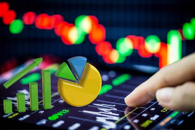 Voorraadanalyse met groeigrafiek en cirkeldiagram op digitale tablet
