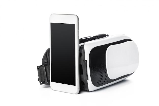 Vr-bril en smartphone geïsoleerd