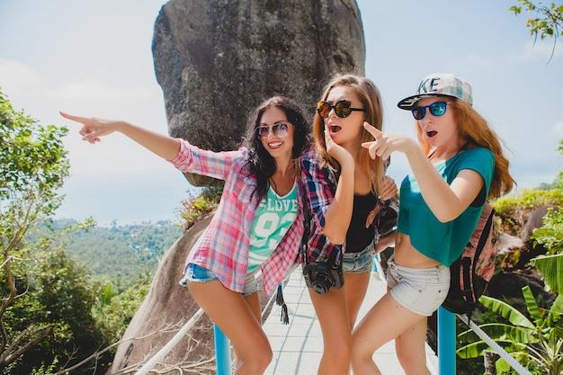 Vrienden die samen reizen in azië