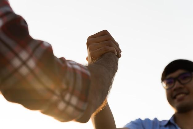 Vriendschap geluk vrije tijd partnerschap team concept.