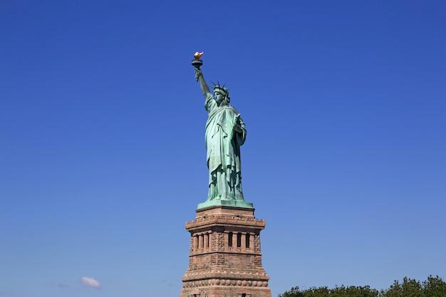 Vrijheidsbeeld in new york, verenigde staten