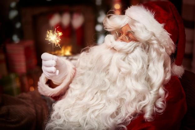 Vrolijk kerstfeest voor iedereen in de wereld