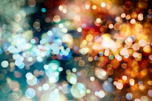 Vrolijke lichtjes om de donkere winterdagen op te fleuren of om lange zomeravonden leuk te maken.