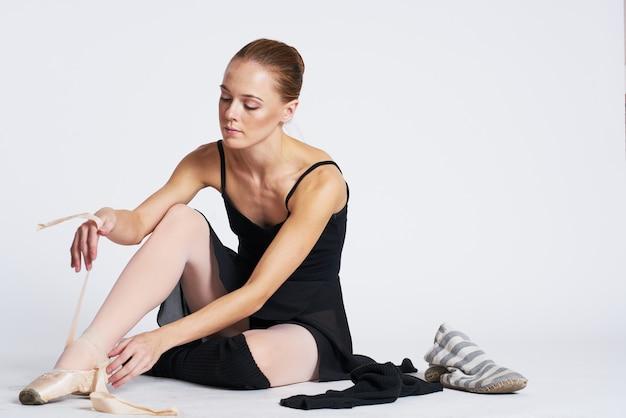 Vrouw ballerina pointe-schoenen dansen