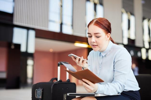 Vrouw callip airport hotline