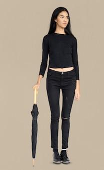 Vrouw curious awareness paraplu portret concept