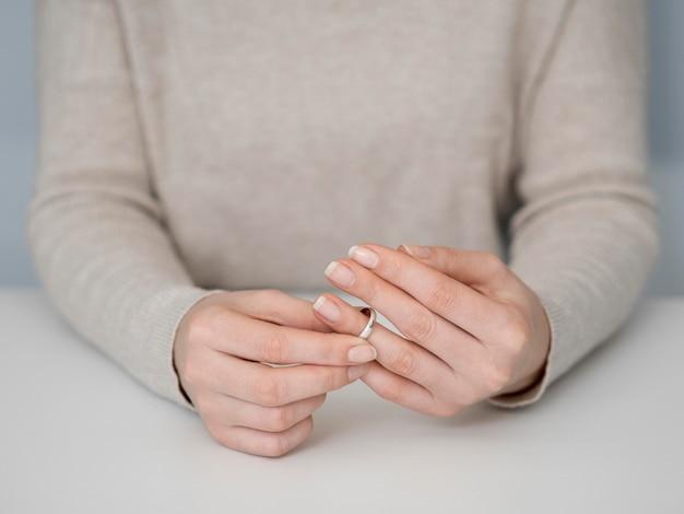 Vrouw denken uit echtscheiding