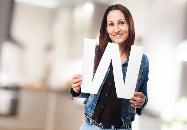Vrouw die letter