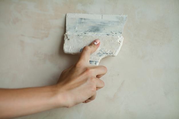 Vrouw hand met manicure