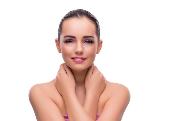 Vrouw in beauty spa concept dat op wit wordt geïsoleerd