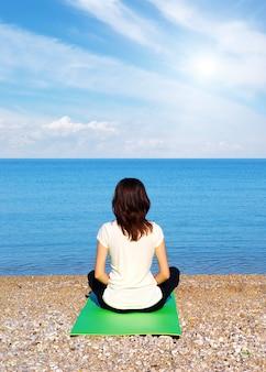 Vrouw in meditatie