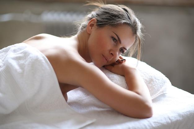 Vrouw in spa