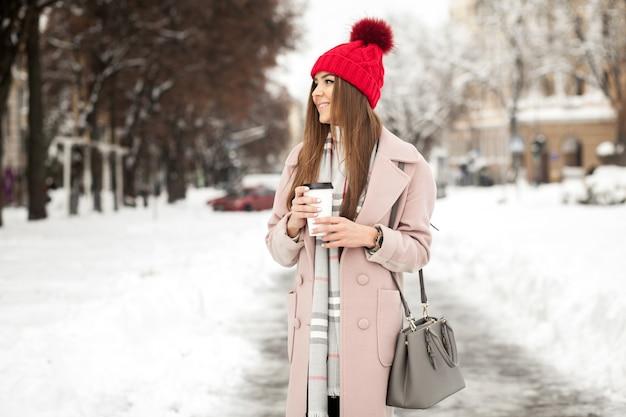 Vrouw meisje mooie winter jonge