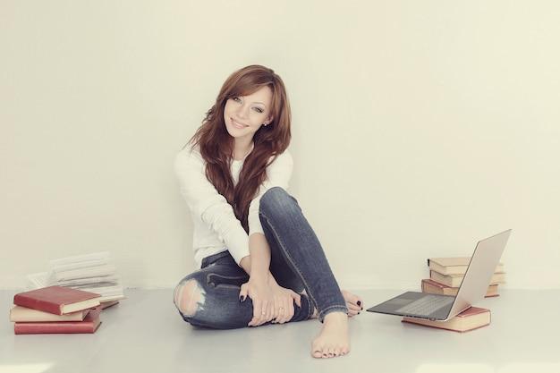 Vrouw met boek
