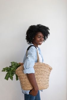 Vrouw met een duurzame levensstijl