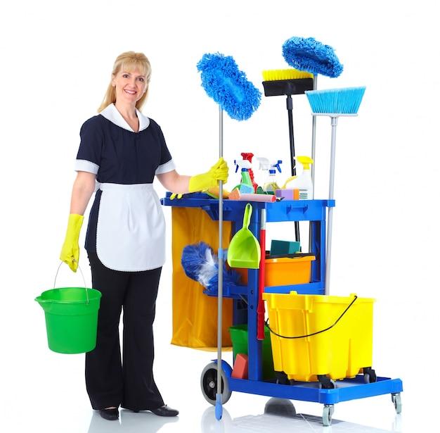 Vrouw met reinigingsapparatuur