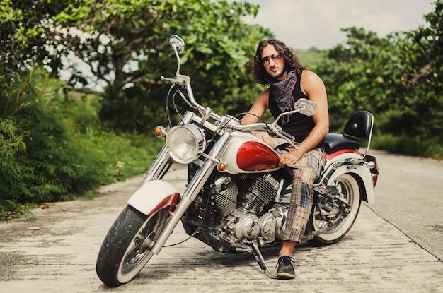 Vrouw mode persoon retro motorfiets