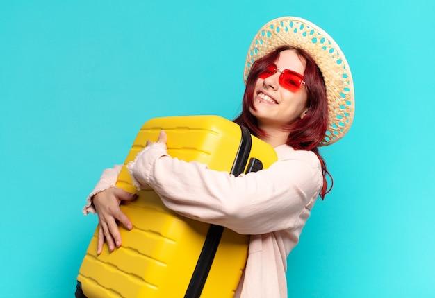 Vrouw op vakantie met een koffer