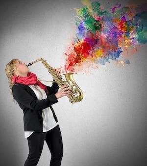 Vrouw saxofonist