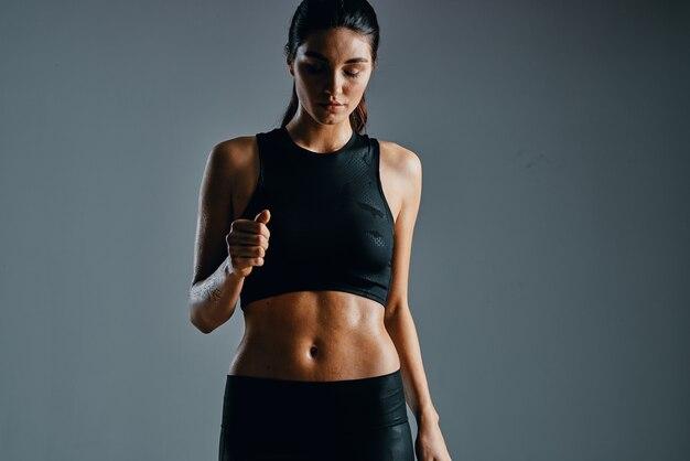Vrouw slank figuur training oefening fitness