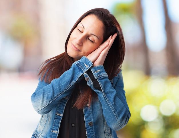Vrouw slapen geïsoleerde