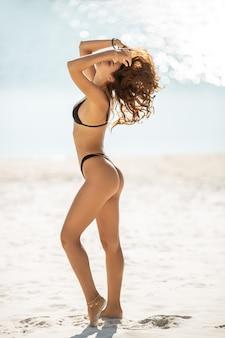 Vrouw strandvakantie