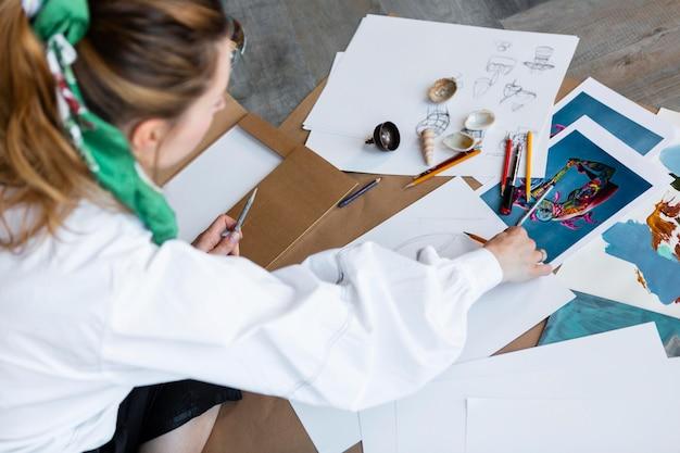 Vrouw tekening close-up