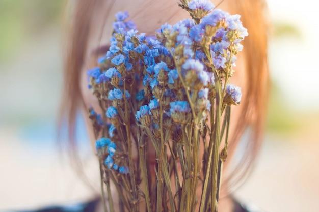 Vrouw zijn als bloemen