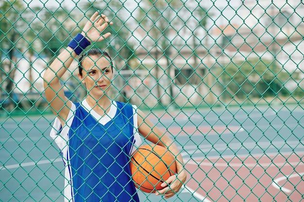 Vrouwelijke basketbalspeler
