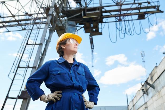 Vrouwelijke bouwer